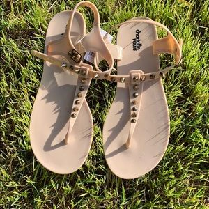 Charlotte Russe nude colored sandals BNWT.